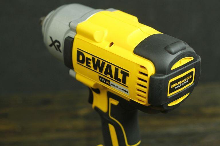 Máy vặn bu lông động lực pin Dewalt DCF899HP2-KR