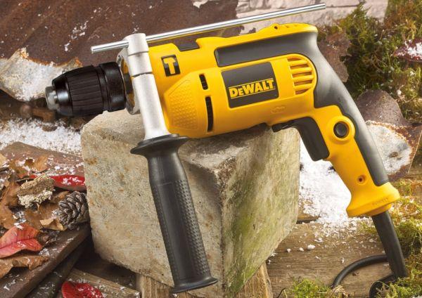Máy khoan  động lực Dewalt DWD024K-B1