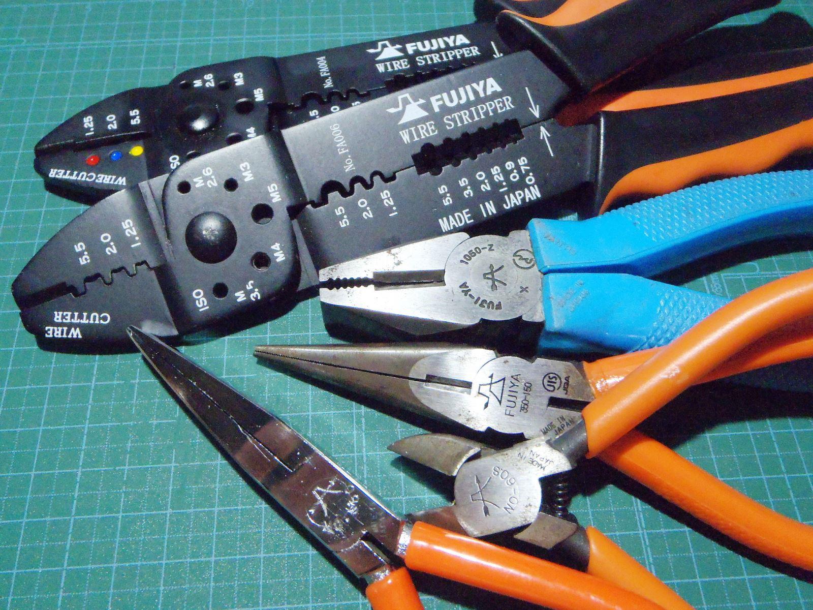 Giá kìm điện Fujiya phổ biến trên thị trường