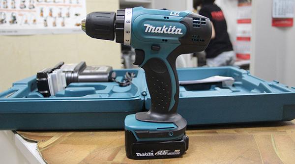 Máy khoan vặn vít dùng pin Makita DDF343Z 18V