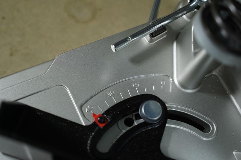 Máy cắt sắt Makita LC1230 1750W