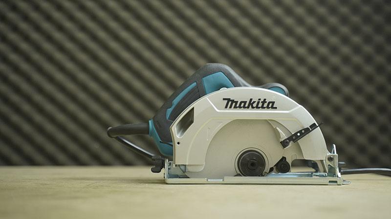 Máy cưa gỗ Makita HS7010 1600W