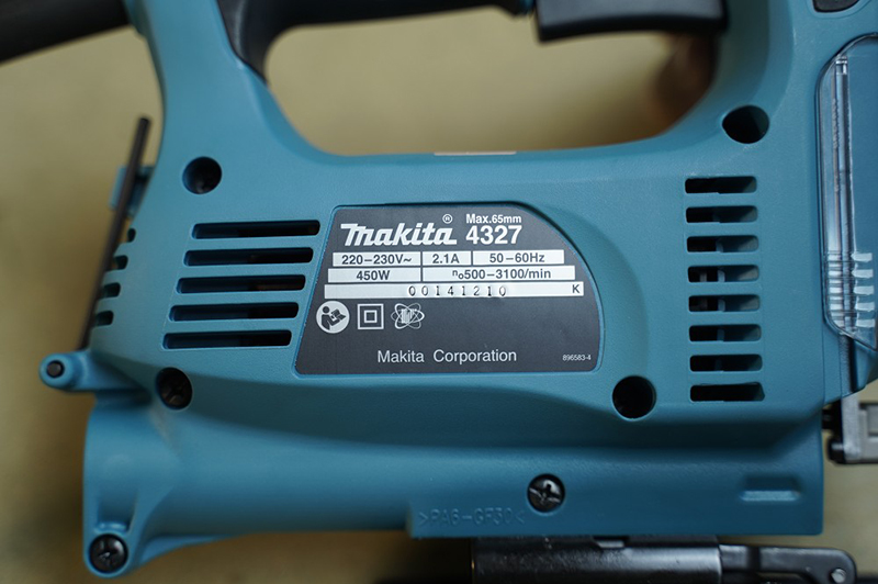 Máy cưa lọng Makita 4327 450W