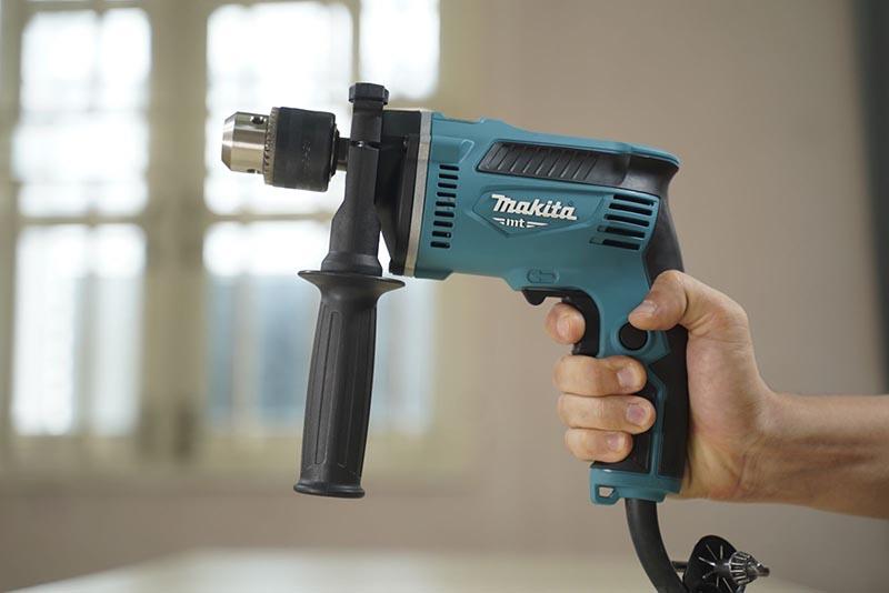 Máy khoan động lực Makita M8103B