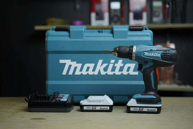 Máy khoan pin Makita DF457DWE 18V
