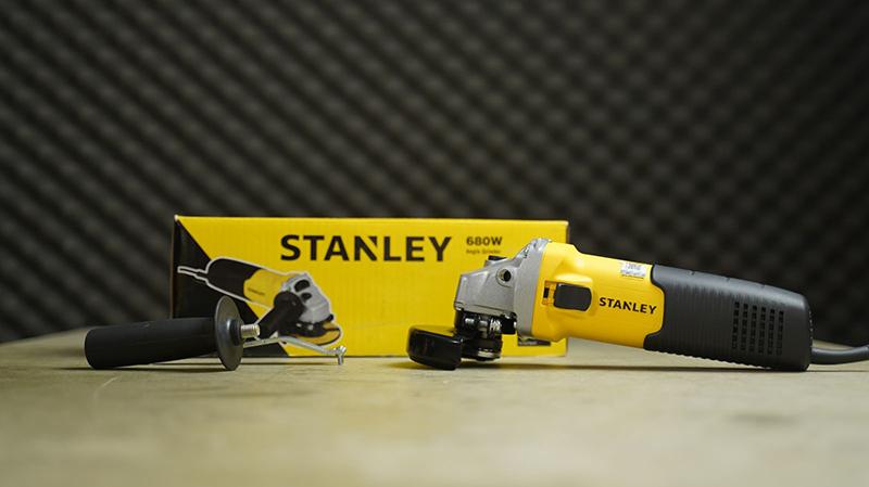 Máy mài Stanley STGS 6100 680W